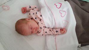 Op 25-08-2017 is onze dochter en zusje geboren Johanna Sjoukje, iedereen bedankt voor de begeleiding tijdens onze zwangerschap, en marrit bedankt voor de begeleiding tijdens mijn bevalling.  Liefs Jacob,margriet,Frits en Johanna Sjoukje Dijkstra